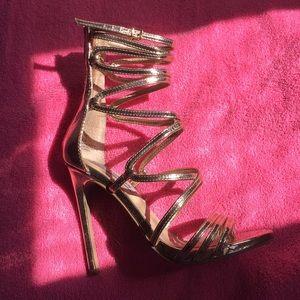 Metallic Gold Steve Madden Heels ⚠️